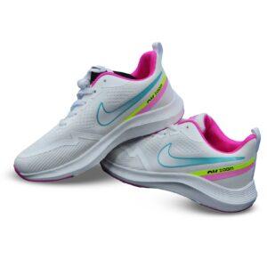 حذاء رياضي للسيدات من Nike - رمادي فاتح